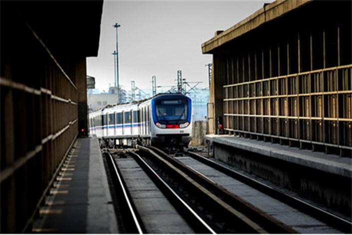 تست نخستین قطار از پروژه 70 واگن آلومینیومی مترو تهران