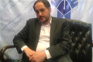 بازدید سرپرست معاونت تحقیقات، فناوری و نوآوری دانشگاه آزاد اسلامی از نمایشگاه کتاب