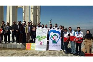 برگزاری همایش پیادهروی به مناسبت هفته سلامت در واحد تویسرکان