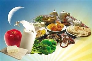 هنگام افطار نوشیدنی گرم بنوشید/ پرهیز از مصرف غذاهای سرخ شده و پرچرب