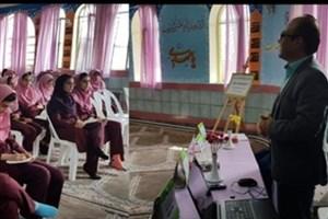 حضور اعضای هیات علمی واحد رامسر در مدارس شهرستان به مناسبت هفته مشاغل