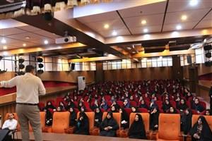 برگزاری کارگاه آموزشی سبک زندگی، ویژه دانش آموزان و خانواده ها در واحد یزد