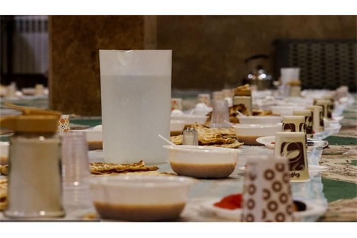 بهرهمندی مددجویان تهرانی از سفرههای افطار و سبد ارزاق رمضان