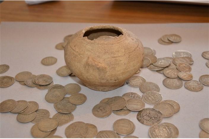 کشف 727 قطعه سکه تاریخی