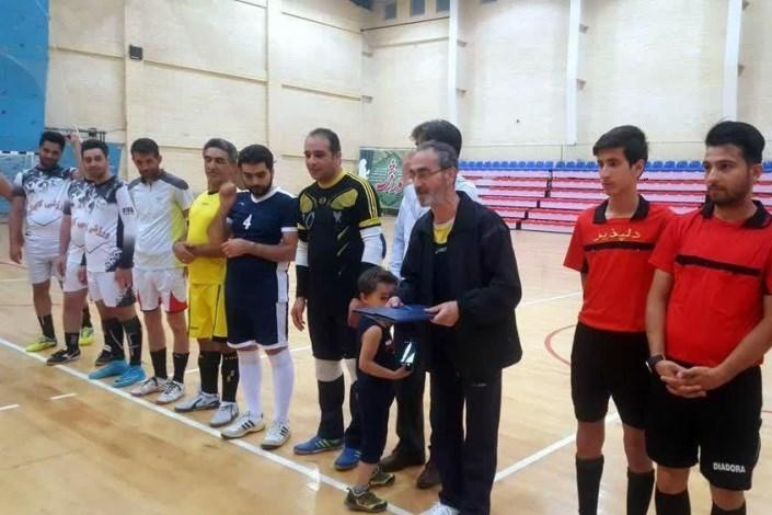 برگزاری جام رمضان بارنگ و بوی شهدا در دانشگاه آزاد واحد سمنان