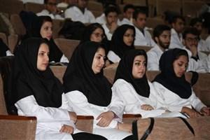 دانشگاه علوم پزشکی آزاد اسلامی بازوی پرتوان سلامت کشور است/ شکست انحصار و محدودیت پذیرش در رشتههای پزشکی