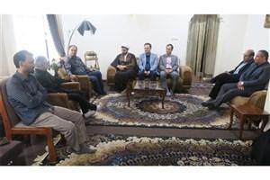 دیدار دانشگاهیان واحد رامسر با جانباز مدافع حرم