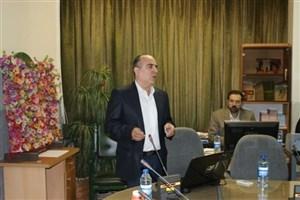 حبس دانشمند ایرانی در شیشه تحریمهای آمریکا