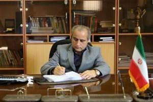 اکبری: تحریمها می تواند اقتصاد ایران را از وابستگی به نفت رها کند/ بخش خصوصی تشنه تولید است