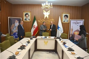 دانشگاه آزاد اسلامی مشهد و صندوق پژوهش و فناوری خراسان رضوی تفاهمنامه همکاری امضا کردند