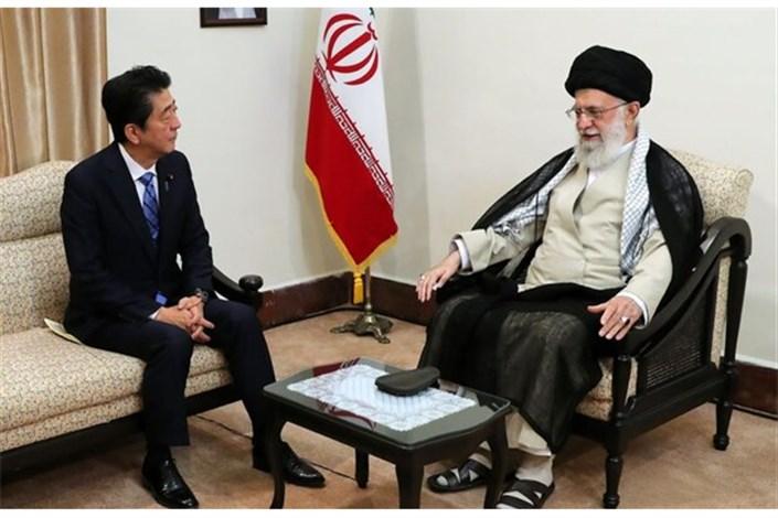 رهبر انقلاب در دیدار نخست وزیر ژاپن