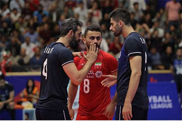 پیروزی ایران بر لهستان
