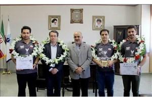 اعزام تیم رباتیک دانشگاه آزاد اصفهان به مسابقات جهانی
