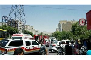 آتش سوزی  درآرایشگاه زنانه/ آتشنشانان جان۲۰ نفر را نجات دادند