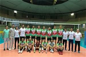 پیروزی تیم والیبال دانشجویان مقابل تیم ملی نوجوانان