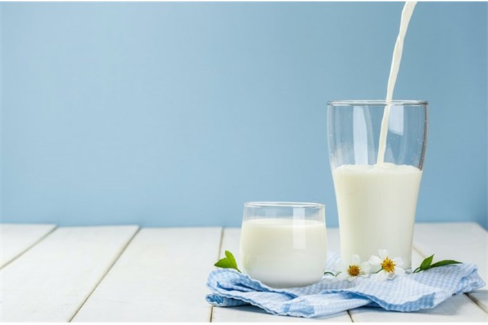 کاهش مصرف شیر به سلامت جامعه آسیب میزند