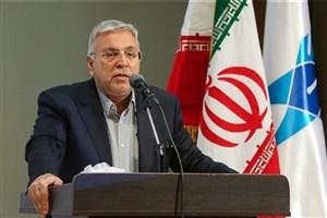 استاد تراز انقلاب اسلامی، معتقد به آرمانهای امام خمینی (ره)  است