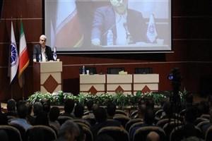 سورنا ستاری  :دانشگاه باید خود را از بودجه دولتی جدا کند