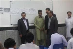 بازدید رئیس دانشگاه آزاد استان سیستان و بلوچستان از حوزه امتحانی واحد سراوان
