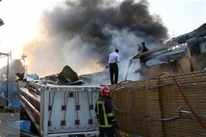 انفجار و آتش سوزی سه کارخانه در شهرک شکوهیه قم/ ۱۵ کارگر مصدوم شدند+عکس