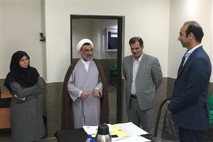 بازدید حجت الاسلام خسرو پناه از روند برگزاری مصاحبه دکتری دانشگاه آزاد در واحد علوم و تحقیقات