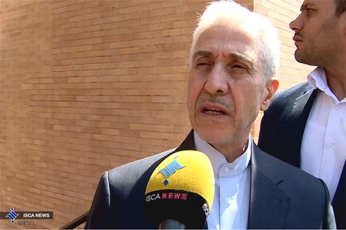 وزیر علوم: دانشگاهها در شرایط تحریم توان رفع نیاز مراکز تولیدی را دارند