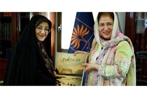 نیازمند بهرهگیری از تجربههای کتابخانه ملی ایران در مرمت اسنادهستیم