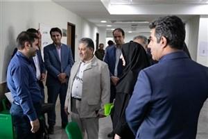 بازدید رنجبر از محل برگزاری آزمون مصاحبه دکتری دانشگاه آزاد اسلامی