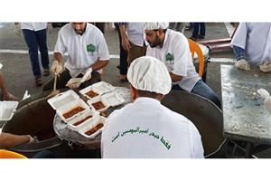 سفره ۱۰ هزار نفری مردم تهران در میدان امام حسین (ع) به مناسبت عید غدیر