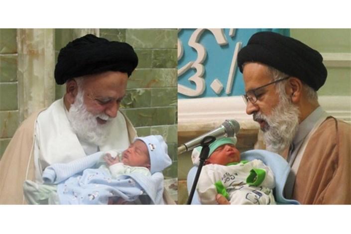 رسم پدر و پسری در مسجد فائق