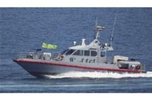 توقیف شناور خارجی با ۷۰۰ هزار لیتر سوخت قاچاق/ ۷ تبعه خارجی دستگیر شدند