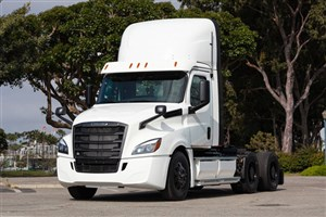 اولین کامیون الکتریکی دایملر آماده عرضه به بازار شد