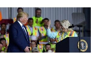 واشنگتنپست: کارگران را با وعده دریافت اضافهکار به سخنرانی ترامپ کشاندند