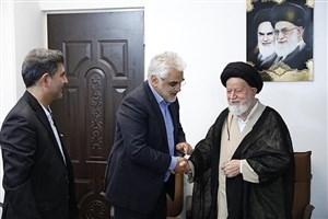 رئیس دانشگاه آزاد اسلامی با امام جمعه و نماینده ولی فقیه در استان سمنان دیدار کرد