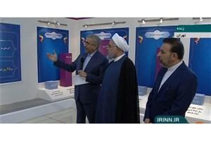 روحانی از نمایشگاه دستاوردهای دولت در توسعه زیر ساختهای روستایی بازدید کرد
