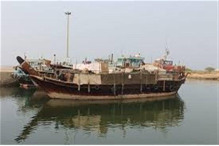 توقیف شناورهای باری با 4 میلیارد کالای قاچاق در آبادان