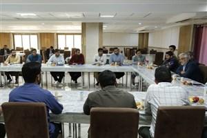 نشست صمیمانه 5 ساعته دکتر طهرانچی با مسئولان بسیج دانشجویی واحدهای دانشگاه آزاد اسلامی