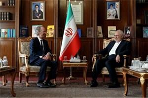 ظریف: ایران از هرگونه تعامل مثبت دمشق و سازمان ملل حمایت می کند