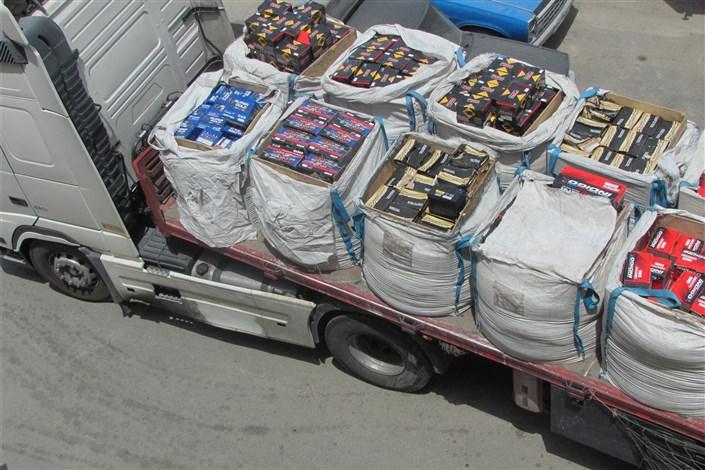 توقیف ابزارآلات صنعتی قاچاق
