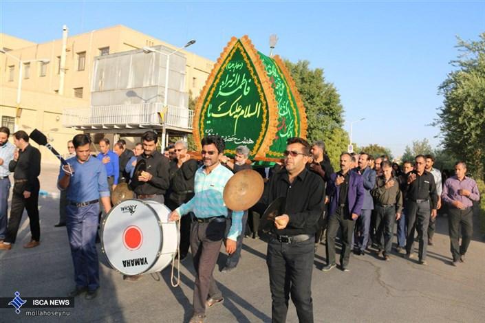 مراسم نخل برداری در جوار هشت شهیدگمنام دانشجوی دانشگاه آزاد یزد