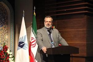 دانشگاه آزاد اسلامی بهعنوان دانشگاه حل مسائل باید در عرصههای مختلف نقشآفرینی کند