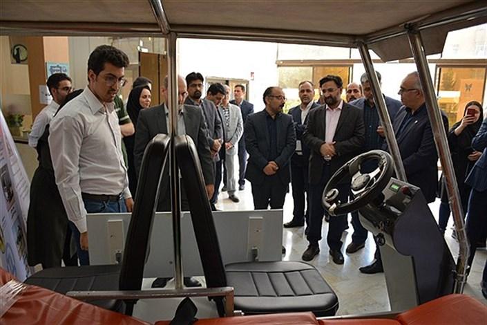 رونمایی از «خودروی برقی بیماربر» در دانشگاه آزاد اسلامی مشهد