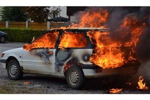پژو 206 در اتوبان امام علی آتش گرفت/مصدومیت 3 شهروند