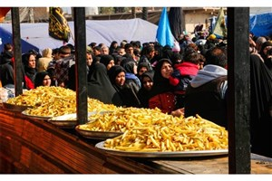 توزیع روزانه 20 هزار پرس غذا در شهر نجف