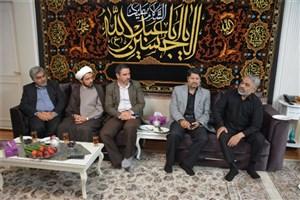 مسئولان واحد مشهد با خانوادههای 4 شهید دیدار کردند