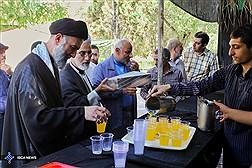 برپایی ایستگاه صلواتی و جمع آوری نذورات کارکنان دانشگاه آزاد در واحد های استانی