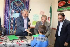 بستههای آموزشی و لوازمالتحریر به دانشآموزان مناطق محروم آذربایجان غربی اهدا شد