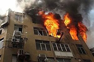 آتش سوزی واحد مسکونی در ورامین/ مرد ۵۰ ساله خود را از پنجره به بیرون انداخت