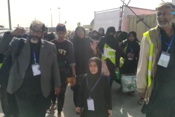 استقبال و خدمت رسانی دانشگاه ازاد اسلامی سیستان و بلوچستان از زائرین پاکستانی در مرز میرجاوه