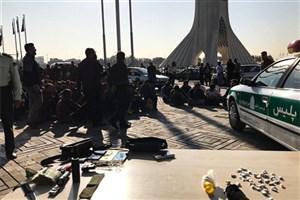 جمع آوری ۱۰۰ معتاد متجاهر و کارتن خواب از اطراف میدان آزادی